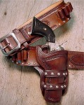 STUDDED GUNSLINGER