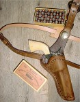 OUTLAW SHOULDER HOLSTER